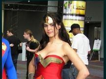 05.02.2012 - Cosplays: Γιατί οι μεταμφιέσεις δεν ήταν ποτέ πιο διασκεδαστικές - www.cosmo.gr (6)